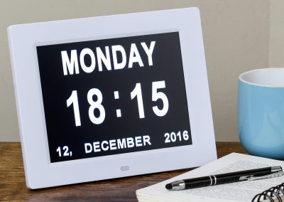 simple-day-date-clock-reminder_6